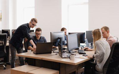 Frusztráció a köbön – hogyan éljük túl a napot open office-ban?